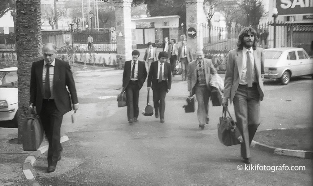 1982 LLEGADA DEL REAL  MADRID AL HOTEL ATLÁNTICO